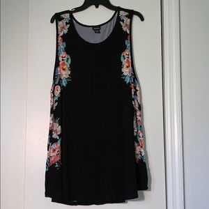 TORRID Black and Floral Print Tank